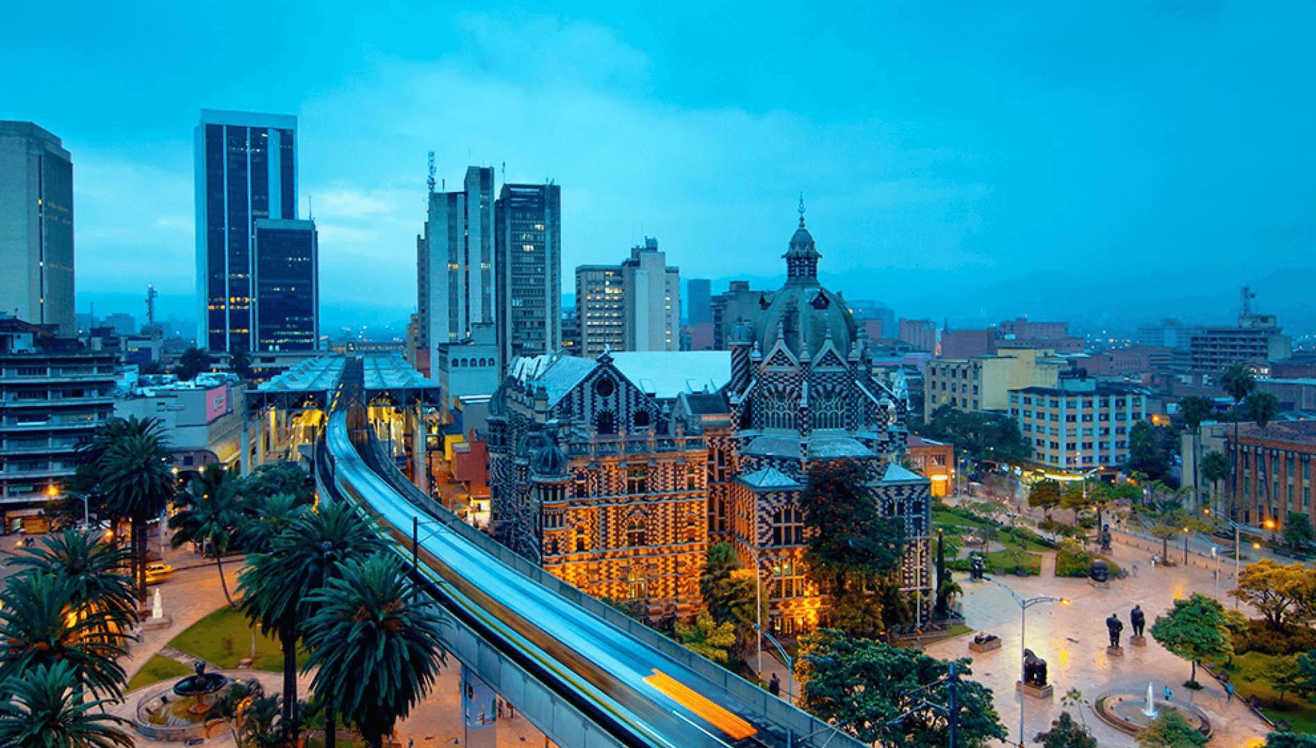 debes comrpar estadia constante en Colombia como uno de los requisistos para obtener la nacionalidad colombiana